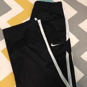 NWOT Women's Nike Training Pants